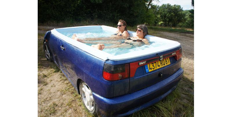 Trailer Hot Tub