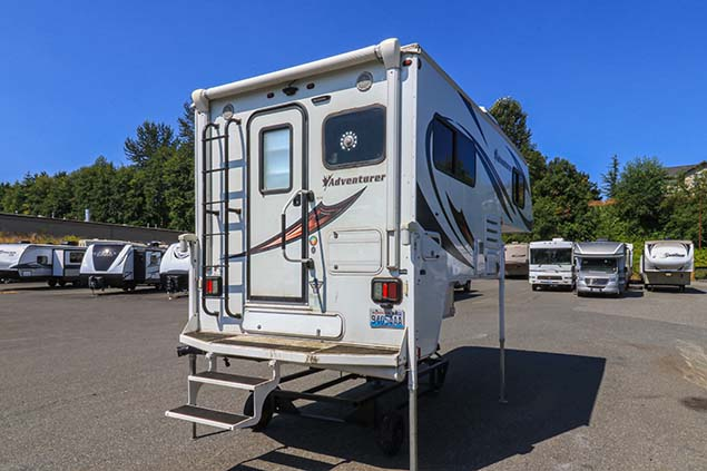 2018 ADVENTURER 86FB TRUCK CAMPER
