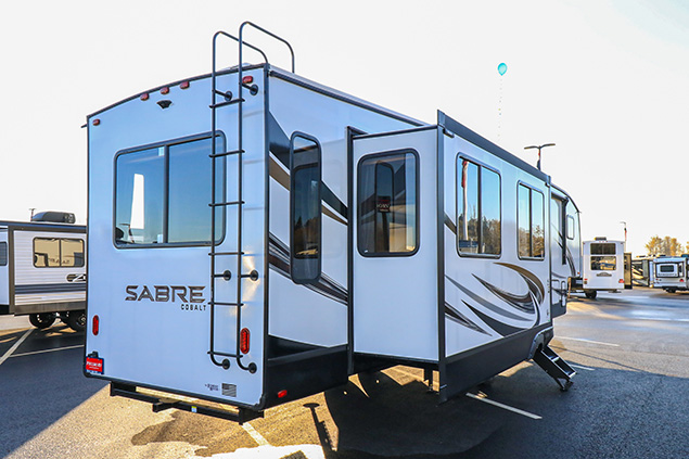 2021 FOREST RIVER SABRE 36BHQ
