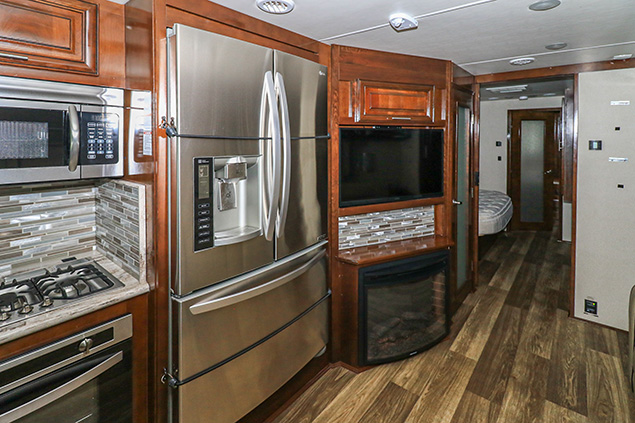2018 FOREST RIVER GEORGETOWN 369DS