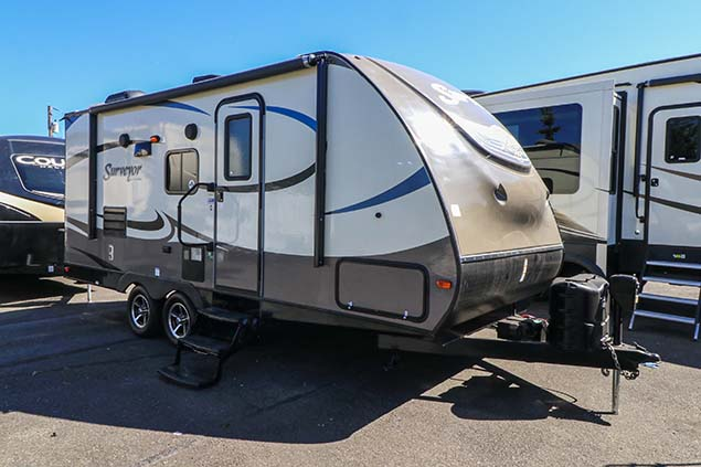 2017 FOREST RIVER SURVEYOR 200MBLE