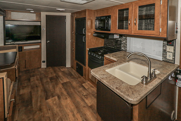 2017 FOREST RIVER SALEM CRUISE LITE 254RLXL