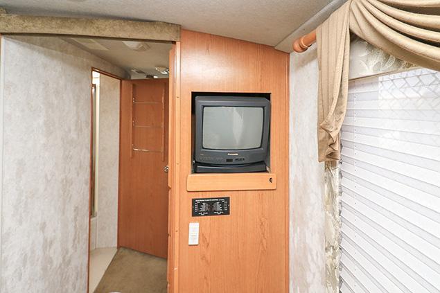 2000 FLEETWOOD SOUTHWIND 35S